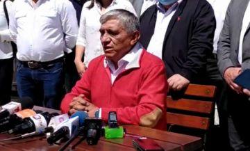 Iván Arias anuncia candidatura para alcalde de La Paz