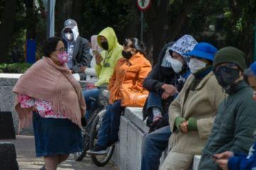 México superó los 100.000 fallecidos por covid-19