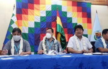 Evo Morales plantea a sus bases ganar siete gobernaciones y 300 alcaldías