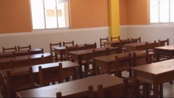 Alcaldía entrega mobiliario y ampliación de aulas a la Unidad Educativa Sucre