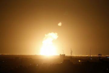 Israel bombardea posiciones de Hamás en Gaza tras el disparo de un cohete