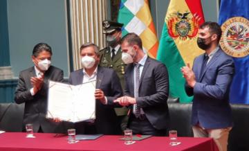 Bolivia y expertos enviados por la CIDH firman protocolo para investigar hechos de 2019