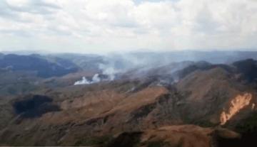 Defensa Civil reporta que incendio en Samaipata está prácticamente controlado