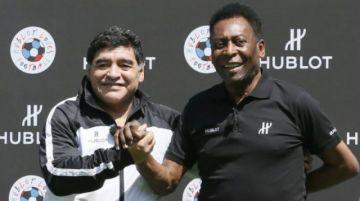 """Pelé a Maradona: """"Algún día podremos jugar juntos al fútbol en el cielo"""""""