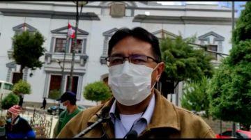 Barrientos pide a nueva brigada parlamentaria continuar gestiones para Cementerio jardín