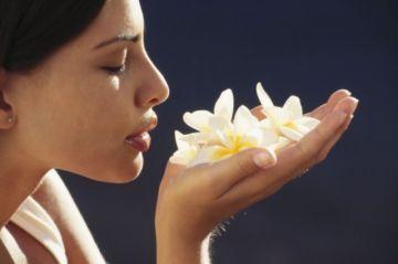 Estudian si la pérdida de olfato y gusto por el COVID-19 puede derivar en problemas como angustia y depresión