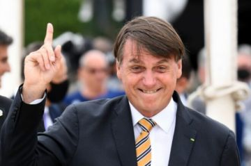 Brasileño Bolsonaro dice que no se vacunará contra el covid