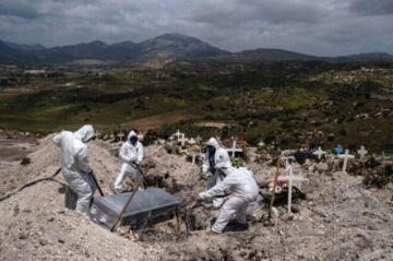 Jefe de la OMS lanza voz de alarma por situación de la covid-19 en Brasil y México