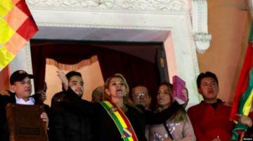 """Diputado del MAS dice que denuncia de """"golpe de Estado"""" debe incluir a Marco Pumari"""