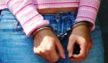 Encarcelan a mujer de 26 años acusada de haber descuartizado a su bebé