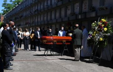 Miles de uruguayos despiden al expresidente Tabaré Vázquez