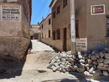 Alcaldía dice que cubrirá el cemento en la Calle de las Siete Vueltas