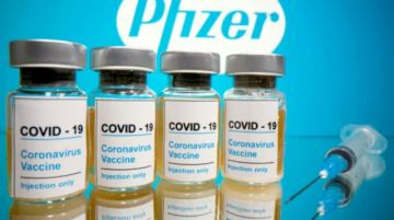 """Vacuna de Pfizer tiene un """"perfil de seguridad favorable"""", según ente regulador de EEUU"""
