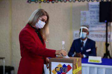 La OEA aprueba resolución de rechazo de las elecciones parlamentarias de Venezuela