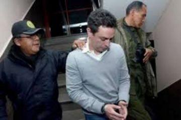 Kushner sale de la cárcel tras cinco años para cumplir detención domiciliaria