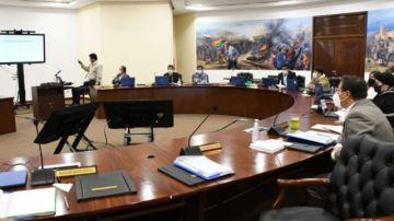 """Gobierno abroga siete decretos al considerar que beneficiaban a """"grupos de poder"""""""