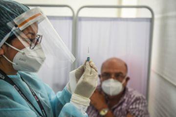 Perú culmina primera fase de ensayos de vacuna china en 12.000 voluntarios