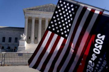 Corte Suprema de EEUU rechaza recurso de Texas que cuestionaba resultado de elección presidencial