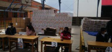La Alcaldía ha distribuido más de mil canastas estudiantiles