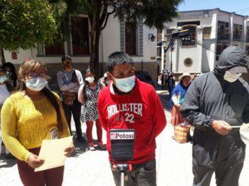Comerciantes ambulantes afirman que no se retirarán de las calles