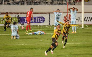 El Tigre ganó el clásico y recupera la punta del torneo