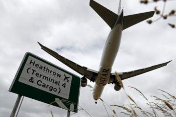 """Holanda suspende los vuelos procedentes de Reino Unido para frenar """"mutación"""" del virus"""