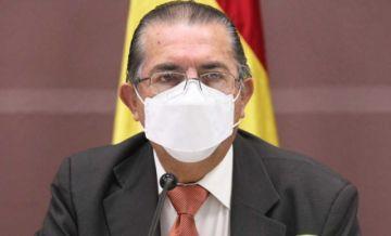 Detectan tres casos de coronavirus en vuelo que llegó desde España