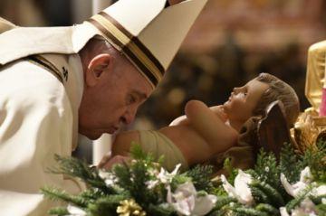 El mundo celebra una Navidad particular, en tiempos de confinamiento