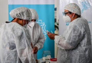 Nueva cepa se expande, mientras América Latina supera las 500.000 muertes por covid-19