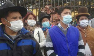 Una regional del MAS en El Alto expulsa a Eva Copa