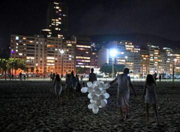 Sin fiesta, hubo menos basura : la ventaja de un Año Nuevo discreto en Río de Janeiro