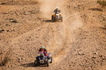 Martínez queda en el puesto 12 en la etapa inicial del Dakar