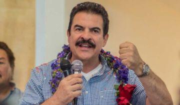 El candidato Manfred Reyes Villa da positivo a coronavirus