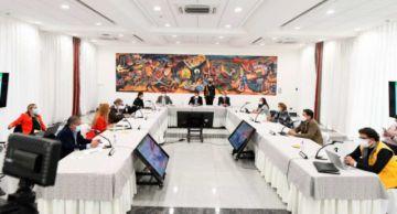 Gobierno y alcaldes afinan gestión de testeo, vacunación y apoyo en contratación de personal