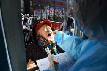 China aumenta sus restricciones y la pandemia se agrava en América Latina y EEUU