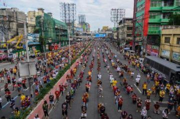 Cientos de miles de fieles se congregan en Filipinas ante estatua del Nazareno Negro