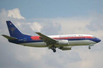 Un Boeing con 62 personas a bordo desaparece en Indonesia