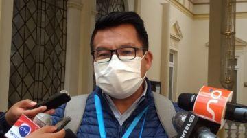 Diputado del MAS afirma que se trabaja un proyecto de ley para precautelar la 'honorabilidad' de las personas en RRSS