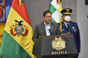 """Luis Arce pide a la población """"aguantar"""" y reforzar bioseguridad hasta que lleguen las vacunas"""