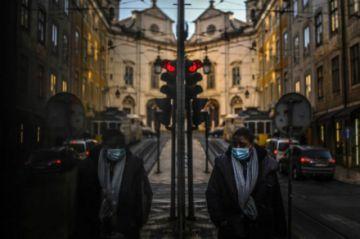 Europa supera los 30 millones de casos y la pandemia se agrava en México y Brasil