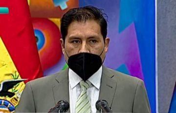 Jeyson Auza Pinto fue posesionado como nuevo Ministro de Salud