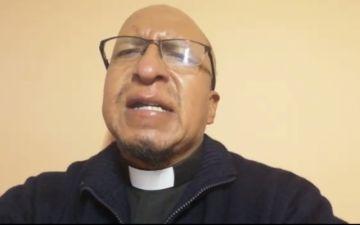 El padre Miguel Albino habla de cómo Jesús cautiva con su palabra