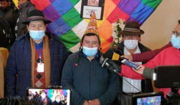 """CSUTCB declara Comandante a """"El Mallku"""" y pide hacerle un monumento en El Alto"""