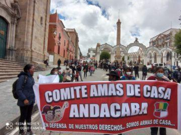 """""""No tenemos ni para comprar un huevo"""", claman esposas de mineros de Andacaba"""