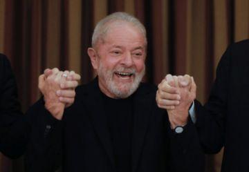 Revelan que Lula estuvo en cuarentena por covid-19 durante su estancia en Cuba