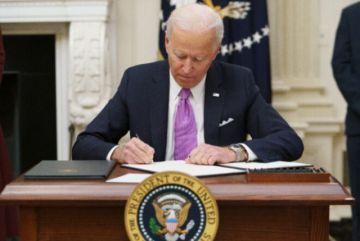 Biden toma el timón en lucha contra covid-19 y decreta cuarentena para viajeros