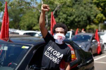 Hay protestas en Brasil contra gestión de la pandemia de Bolsonaro y atraso en vacunación