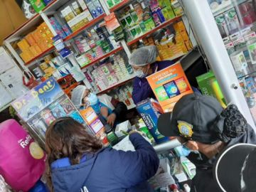 Realizan operativos en farmacias para verificar precio y fecha de medicamentos
