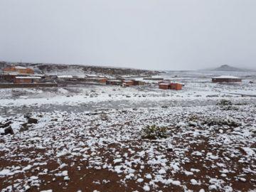 Llegaron las nevadas a Quetena, comunarios piden ayuda