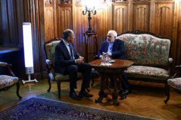 Rusia pide a Biden que dé el primer paso sobre el tema nuclear iraní